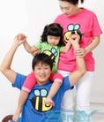 Thời trang áo gia đình cho mẹ và bé trong cái nắng mùa hè.