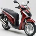 Cần tiền bán gấp chiếc xe Honda SH 150 nhập khẩu đăng ký tháng 3 năm 2012