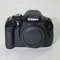 Bán Canon Kiss X5 600D len 18 55mm IS cả bộ giá 9tr