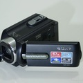 Bán một số máy quay Handycam Sony, Panaosonic giá hợp lý