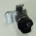 Bán máy ảnh ống kính rời kh gương lật Sony Nex C3 len 18 55mm.
