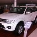 Mitsubishi Pajero Sport phiên bản mới giá mới 0987869883