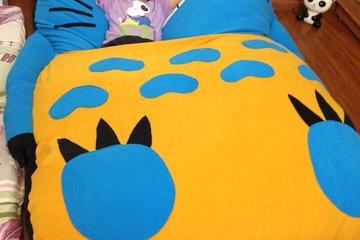 Đệm Totoro Xanh Dương, Chăn Vàng   1.4m   1.9m  Tặng 01 gối