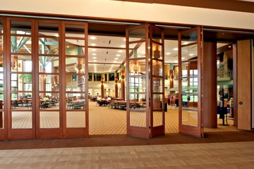 Vách gỗ kính cửa nhà hàng VGK22