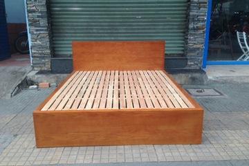 Giường ngủ gỗ tự nhiên có hai hộc kéo G 202