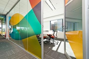 Vách ngăn kính văn phòng đẹp VVP10