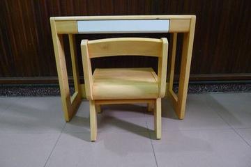 Bàn ghế học cho bé từ 3 6 tuổi
