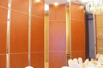 Vách di động gỗ laminate bền đẹp VDDG16