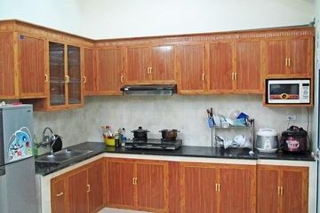 Tủ bếp nhôm vân gỗ Đức Thành