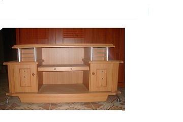 Kệ tivi gỗ công nghiệp