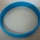 Sản xuất, cung cấp vòng đeo tay nhựa dẻo.