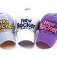Topic 2 Mũ lưỡi trai hip pop xuất khẩu Hàn Quốc Nhật Bân dành cho thanh niên nam nữ quả tặng lưu niệm.