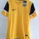 Áo bóng đá Fake 1 Thái Lan dáng áo body chuẩn chất vải thoáng mát.