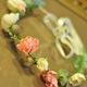 Vòng hoa đội đầu cô dâu.