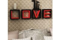Kệ gõ trang trí - hình chữ LOVE.