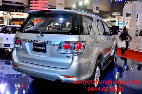 Toyota Fortuner 2013 mẫu xe địa hình được ưa chuộng nhất Việt Nam Ảnh số 26849098