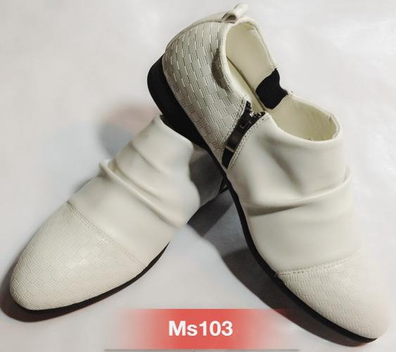 Giày đẹp giá rẻ những mẫu hot nhất Ảnh số 30271578