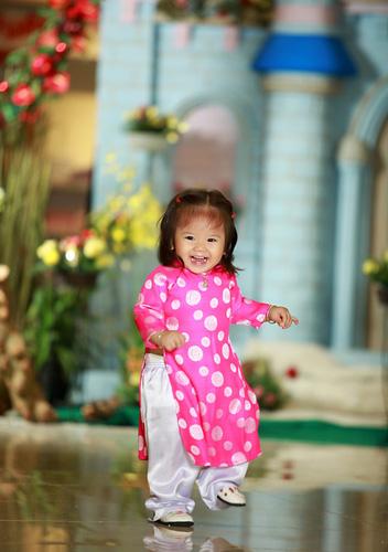 Cung cấp hàng sỉ các mẫu áo dài cho bé gái...mẫu mới cho các pé dịp tết về Ảnh số 30360698
