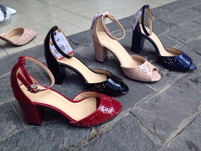 Chuyên Bán buôn, Bán lẻ tại 118 Âu Cơ Hà Nội giày dép Việt Nam xuất khẩu Ảnh số 31695911
