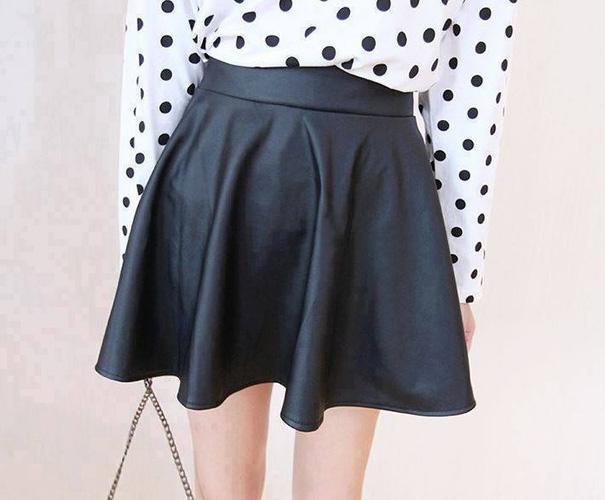 GEMMY SHOP: CHUYÊN SỈ LẺ hàng hot girl,phông croptop, bộ đôi, quần suông, jumsuit Huyên bé. Ảnh số 31784620