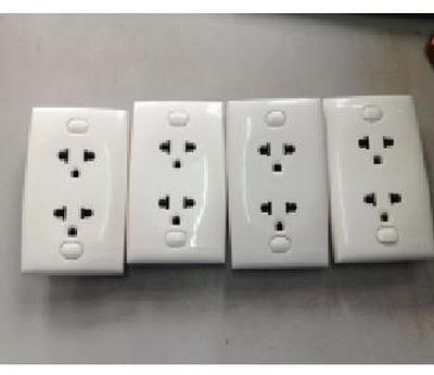 Ổ cắm điện âm tường Clipsal đôi 3 chấu mới 97% giá rẻ