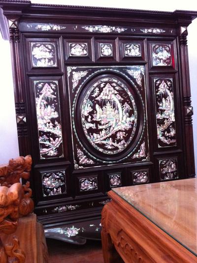 Tủ thờ gỗ trắc xưa cẩn ốc bảy màu