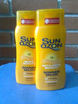 Ảnh số 22: Kem chống nắng SUNOZON - Giá: 170.000
