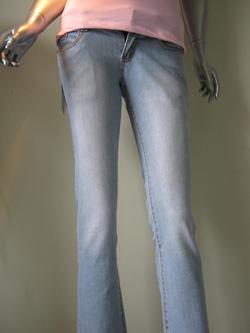 Ảnh số 14: Jeans nữ - Giá: 180.000