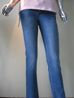 Ảnh số 18: Jeans nữ - Giá: 180.000
