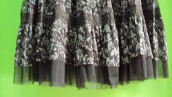 Ảnh số 62: chân váy hoa ren - Giá: 250.000