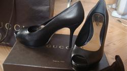 Ảnh số 1: giày Gucci - Giá: 10.000.000