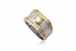 Ảnh số 2: TrangsucLUNA Nhẫn nam đính kim cương nhân tạo xi phủ vàng trắng vàng tây 18k - Giá: 1.390.000