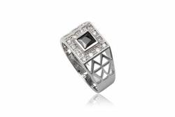 Ảnh số 31: TrangsucLUNA Nhẫn nam đính kim cương nhân tạo xi phủ vàng trắng vàng tây 18k - Giá: 980.000
