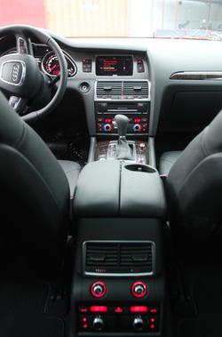 Ảnh số 31: Audi Q7 - Giá: 3.300.000.000