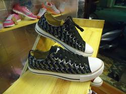 Ảnh số 96: Giày bata - Giá: 180.000