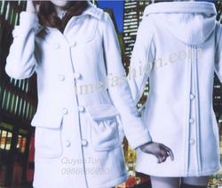 Ảnh số 11: áo choàng dạ nữ - Giá: 1.300.000