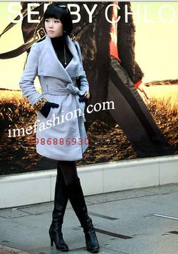 Ảnh số 18: áo choàng dạ nữ - Giá: 1.350.000