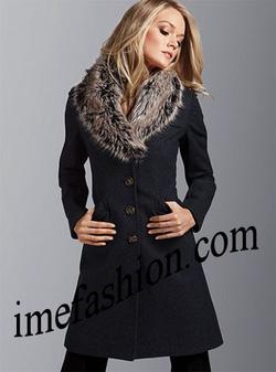 Ảnh số 77: áo choàng dạ nữ - Giá: 1.400.000