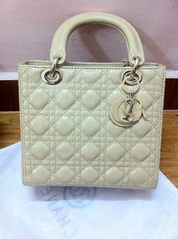 Ảnh số 20: Dior Lady - Giá: 680.000