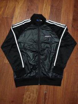 Ảnh số 39: áo khoác adidas original - Giá: 750.000