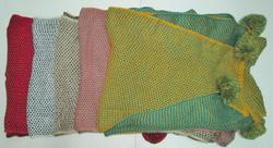 Ảnh số 21: khăn len 2 màu - Giá: 180.000