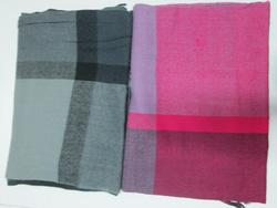 Ảnh số 26: khăn dạ carô - Giá: 100.000
