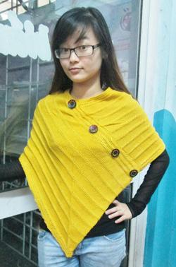 Ảnh số 43: áo len vạt xéo - Giá: 130.000