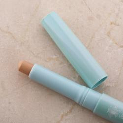 Ảnh số 2: Vanilla concealer stick - Giá: 150.000