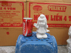 Ảnh số 77: tô tượng xì trum nữ - Giá: 5.000