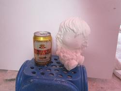 Ảnh số 32: tô tượng tóc xoăn - Giá: 10.000