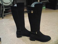 Ảnh số 98: Made in KOREA, da lộn, màu đen, size 37/38, gót 5 phân, ôm chân cực kỳ. - Giá: 1.150.000