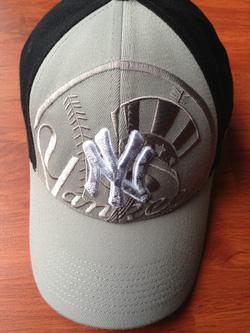 Ảnh số 3: Mũ Nike - Giá: 250.000