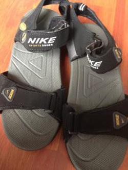 Ảnh số 62: Sandal Nike - Giá: 300.000