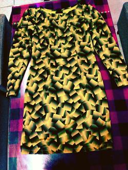 Ảnh số 16: váy xuông nền vàng 3d cỏ thuyền cao xẻ sau chất yu mì xịn giá 230k - Giá: 230.000